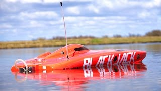 RC ADVENTURES - 4S Lipo Blackjack 29 BL Catamaran RC SPEED BOAT from ProBoat