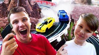 Машинки в видео игры – Гоночная трасса на детской площадке! – Игры гонки на двоих.