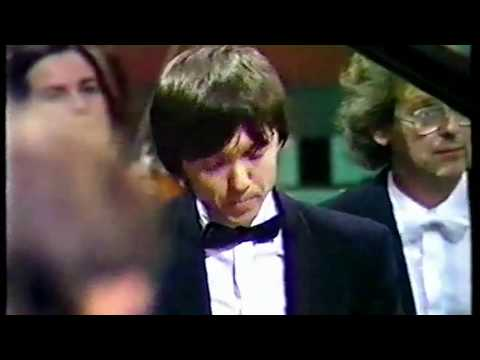 R.Schumann: Piano Concerto in A minor - Balázs Szokolay, Sir Simon Rattle