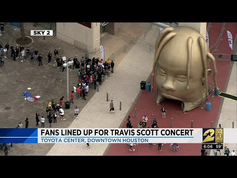 Fans lined up for Travis Scott concert. Mp3