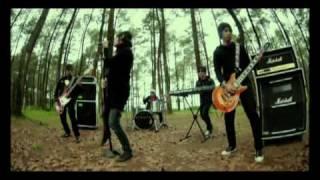 Five Minutes - SKSJ (Semakin Kukejar Semakin Jauh) MP3