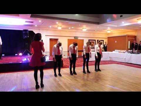 Dancing Waiters to Michael Jackson's Biggest Hits! Birthday Flash Mob!