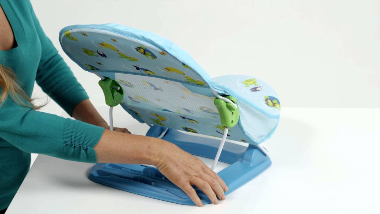Summer Infant Deluxe Baby Bather - YouTube