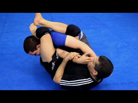 How To Do An Arm Bar | MMA Fighting