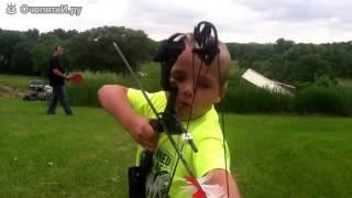Шестилетний меткий стрелок из лука