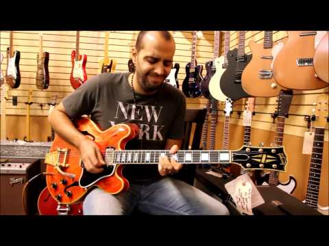 Mark demos early Gibson Electrics at Norman's Rare Guitars