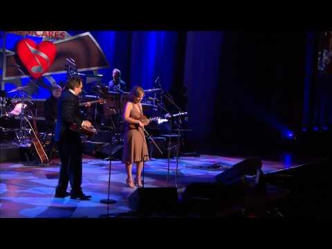 Allison Krauss & Jerry Douglas - Carolina In My Mind [HD]