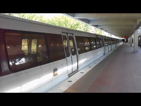 WMATA Metrorail: Shady Grove bound Red Line train arrived at White Flint