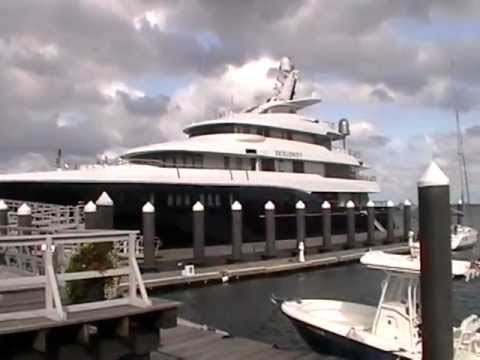 EXCELLENCE V YACHT SEEN AT THE DOCKS  SOUTH BOSTON MASS SEA PORT http//:www.youtube/willebegin.MOD