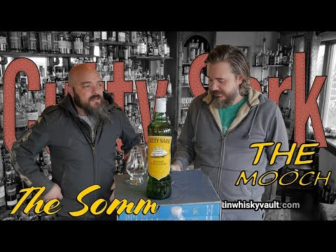 Whisky Review - Cutty Sark Blended Scotch whisky with Black Bottle Comparison