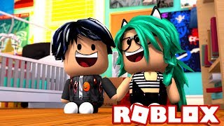 BABY LULY CONFESSES YOUR LOVE TO BABY DERANKITO in ROBLOX 😱