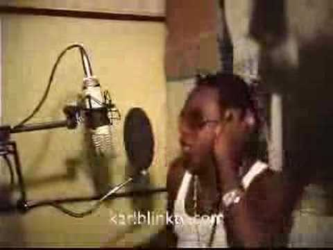 Little Hero - No Gun Nuh Mek Dung Deh