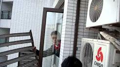 Worlds Most Dangerous Job... Air Conditioner Repair Man