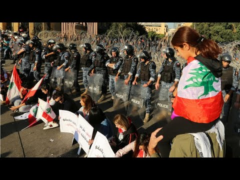 Protesters force Lebanon's