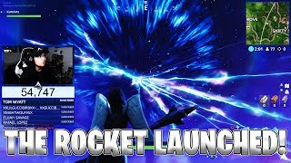 THE ROCKET LAUNCHED AND CRACKED THE SKY! (Fortnite Season 4)
