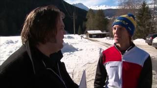 Bureau Sport onderzoekt een nieuwe sport: Omhoogschaatsen!