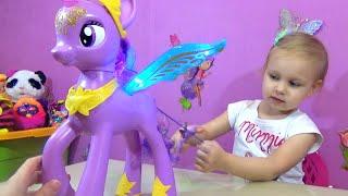 Большая Искорка Май Литл Пони закрывает открывает глаза!!! My Little Pony Twilight Sparkle