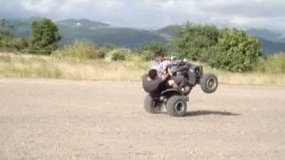 "Oly & Ernie ""wheeleando"" en Santa Isabel"