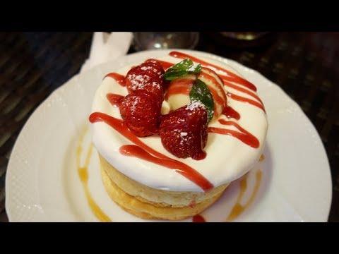 【星乃珈琲店で食べた美味しいものを紹介】苺のスフレパンケーキ・フルーツたっぷりの紅茶・海老とモッツァレラチーズのオムライス☆喫茶店・カフェ・ランチ・スイーツ