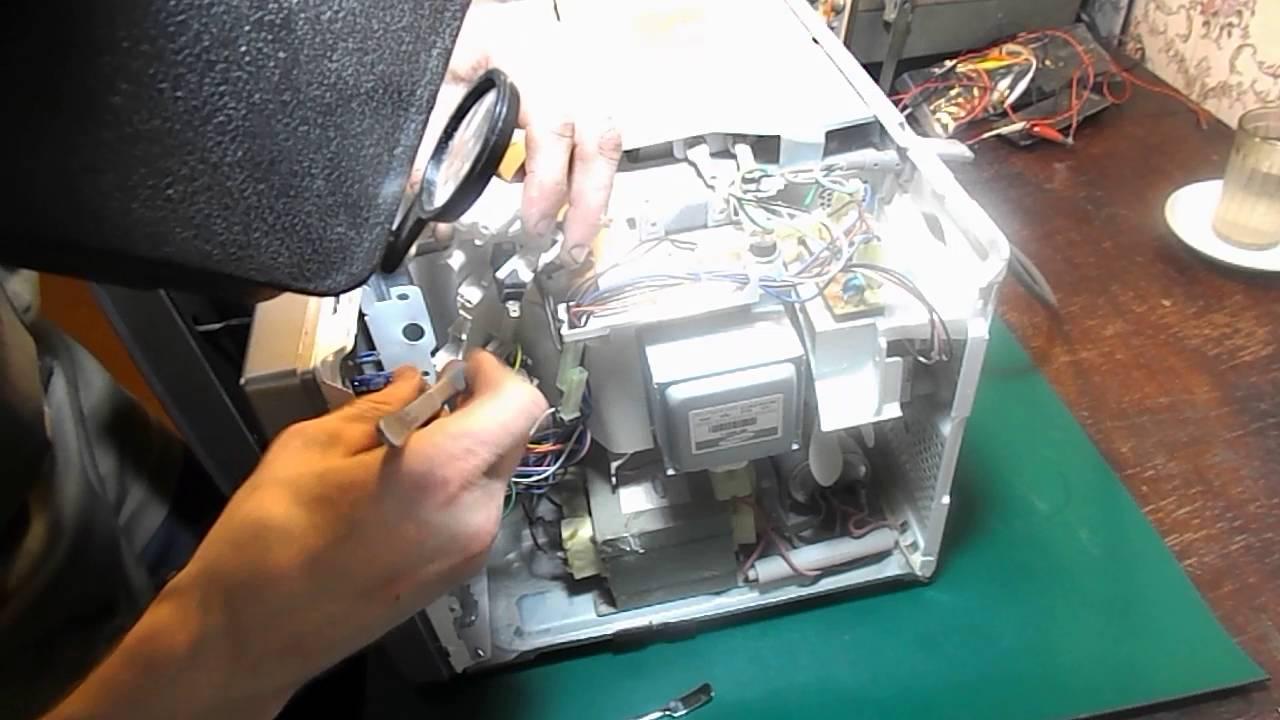Ремонт микроволновой печи SAMSUNG модель G2739NR. Не запускается .