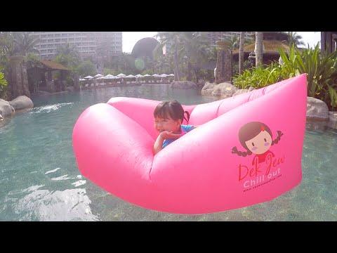 เตียงลมเด็กจิ๋ว กลายเป็นเรือลอยกลางสระว่ายน้ำ | แม่ปูเป้ เฌอแตม Tam Story