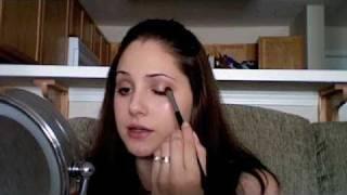 Soft Pink & Brown Eyes Thumbnail