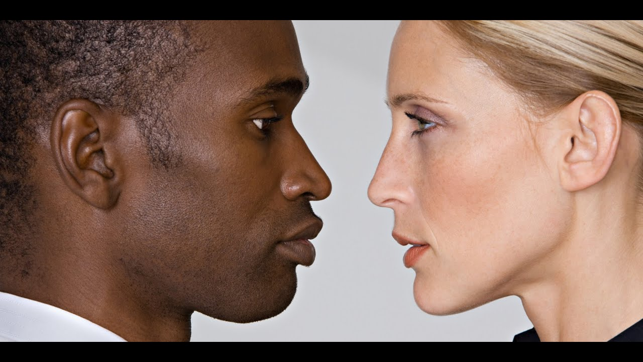 White Girls Kiss Black Guys -3663