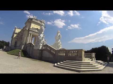 A walk in the gardens of Schonbrunn Palace