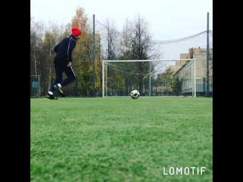 Ебашим в футбол