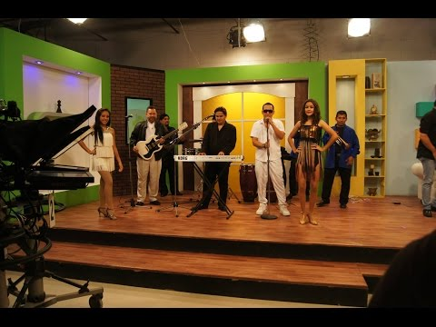 GRUPO EXTREMO Feat  SONNY FLOW & RENÉ GUERRA  SAN ROMERO NUESTRO SANTO
