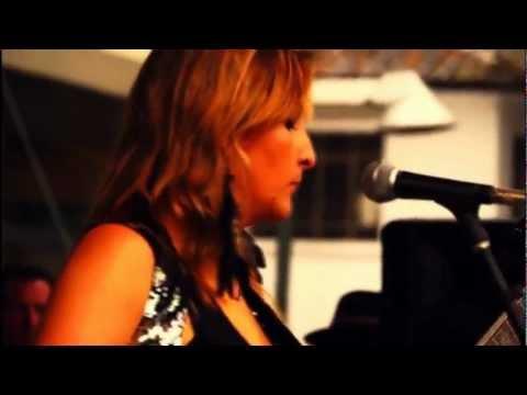 Honey Hush - Albert Collins cover por Las Hoochies (Las Hoochie Coochie Girls)