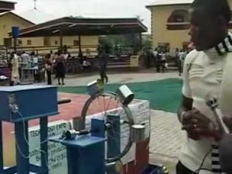 Young Inventors: An Abia State Collins Invents Solar powered Digital DC To AC Inverter
