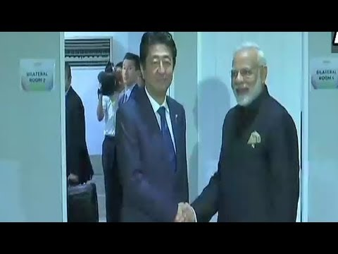 PM Modi holds bilateral meeting with Japanese PM Shinzo Abe in ASEAN Summit
