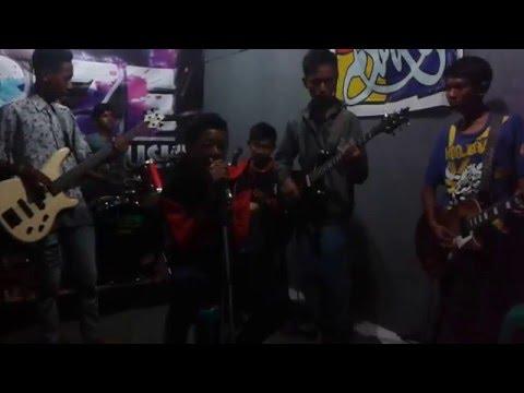 Mickeymouse SKA - mojang priangan live studio