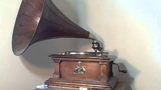 Anita O'Day w/ Ralph Burns Orch 1948 - How High The Moon