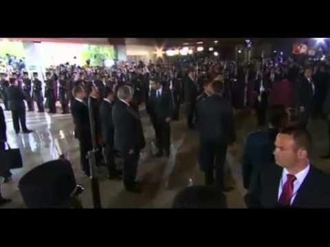 Enrique Peña Nieto toma protesta como Presidente de la República.