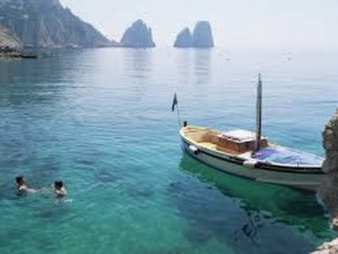 The blue grotto boat ride around the isle of capri youtube for Isle of capri tours