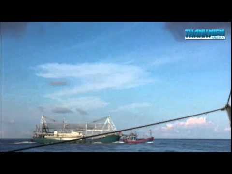 Fishing boat was sinked by China Coast Guard in Viet Nam Sea