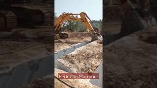 ESCAVADEIRA HYUNDAI NA TÉCNICA COM PEDRA DE MARMORE GIGANTE 😱