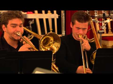 Reminiscencias (2013) by Howie SMITH for large brass ensemble (World Premiere Performance)