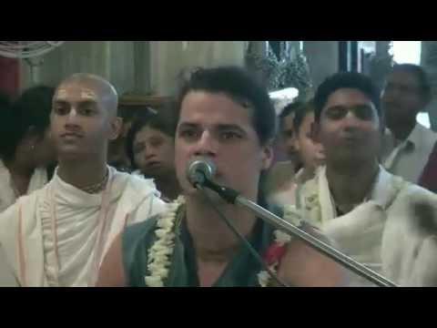 Narahari Nama Kirtan by HG Krishna Kishor Prabhu at ISKCON Mayapur on 2016-05-20
