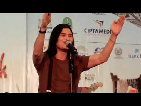Seru Gaes! Seperti Ini Virzha Ajak Penonton Bernyanyi di Crafters Week Kadin Jabar Expo