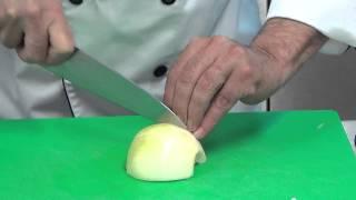 Technique de 4 coupes de l'oignon