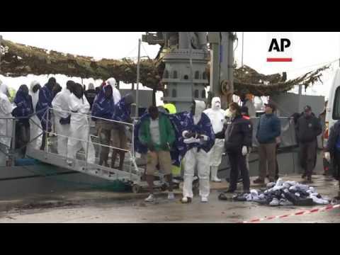 Irish ship carrying 508 migrants docks in Italy