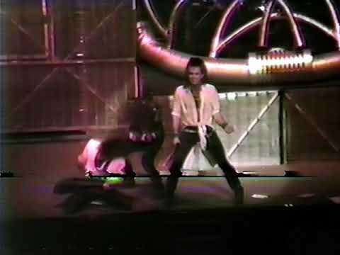 9. Queen Of The Reich [Queensrÿche - Live In Montreal 1986/09/24]