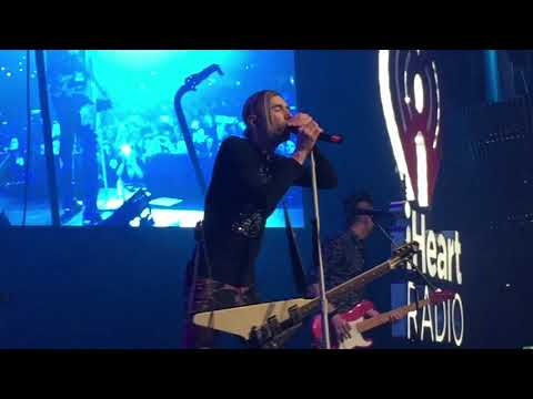 Mariana's Trench Fallout Live at IHeartRadio Fan Fest