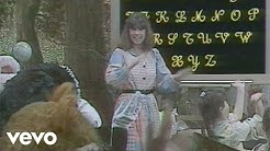 L'alphabet en chantant (Le monde magique au château de Saint-Loup-sur-Thouet 1988)