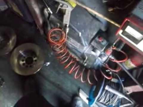 Как разобрать вакуумный усилитель тормозов. Сделай Сам! - YouTube