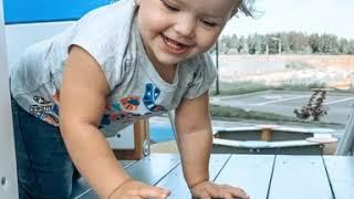 Знакомство с Есенией. Игры на детской площадке. Детские развивающие игры.