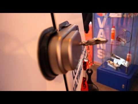 CV Show 2015 - Locks 4 Vans Stand Overview